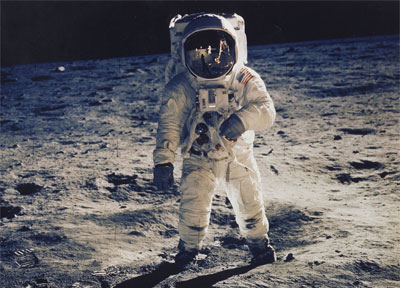 Aldrin moonwalk photo