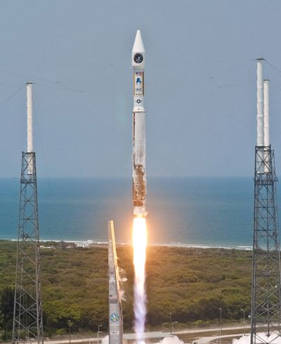 Atlas V 401 launch
