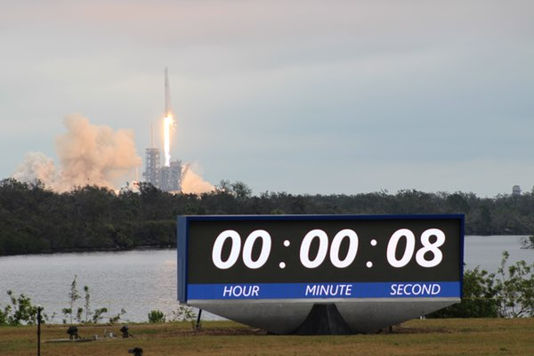 Falcon 9 LC-39A launch