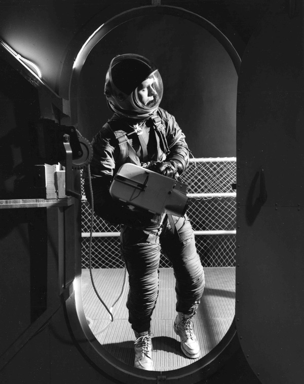 Astronaut dating simulator 2018 no blur