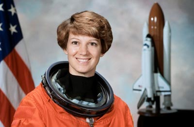 who is the first woman astronaut in space - photo #25